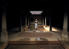Man inside his house, Kanadukathan, India (Eric Lafforgue) Tags: india house democracy indie column mansion indi indien hind indi inde hodu southasia indland  hindistan indija   ndia hindustan h3d  chettinad karaikudi  lafforgue   ericlafforgue hindia chettinadu  kanadukathan bhrat 702675  indhiya bhratavarsha bhratadesha bharatadeshamu bhrrowtbaurshow  hndkastan