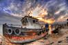 HDR (N-S-S) Tags: nikon fisheye 105 nikkor غروب طبيعة بحر غيم مركب ناصر سفينة d2xs الصليهم