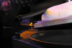 29 mars 2008 Maisons-Alfort Bar Belge Pour noter les commandes... (melina1965) Tags: leica light mars orange yellow jaune lumix march ledefrance lumire panasonic 2008 valdemarne maisonsalfort barbelge fx10 circleofarts norulesatall umbralaward fotoco