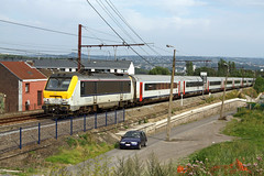 HLE 1304 + IC train from Eupen to Oostende, Ans, 2nd August 2011 (cfl1969) Tags: sncb nmbs hle1304 hle13 alstom