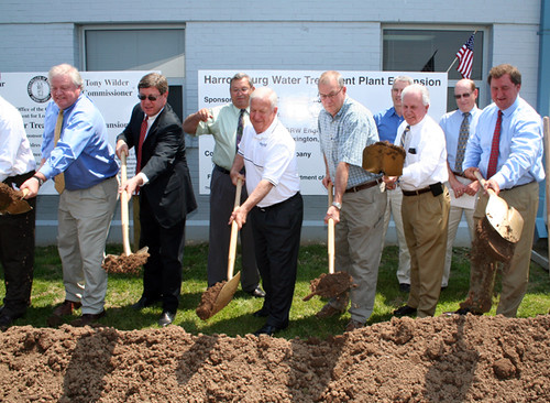 From left: Warren Rogers (Owner of W. Rogers Company, contractor on project); U.S. Rep. Ben Chandler (6th District); Former Harrodsburg Mayor Lonnie Campbell; Harrodsburg City Commissioner Kerry Anness; Tom Fern State Director, USDA Rural Development; Tony Wilder (Commissioner Kentucky Dept. for Local Govt.)