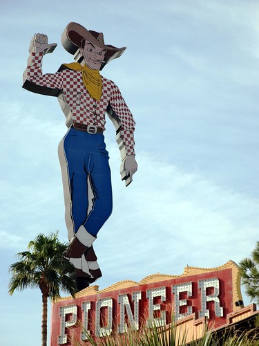 Pioneer Cowboy, Day