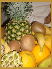 Delicious fruits MMMMMMM!!!!!!!!!!! (Marwa Awji) Tags: fruits lemon banana ananas kiwii ashta gawava