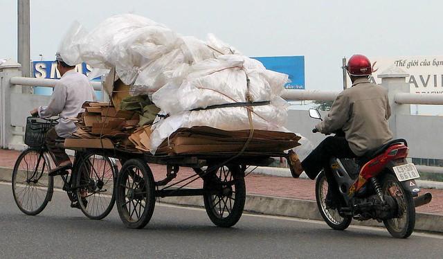 Vietnamese Hybrid Power Vehicle