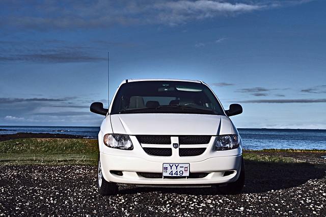 2002 white car iceland grand dodge caravan minivan ísland akranes hvítur bíll bílar sigma18200mm dodgegrandcaravan dodgegrandcaravansport strumpastrætó 7passengers