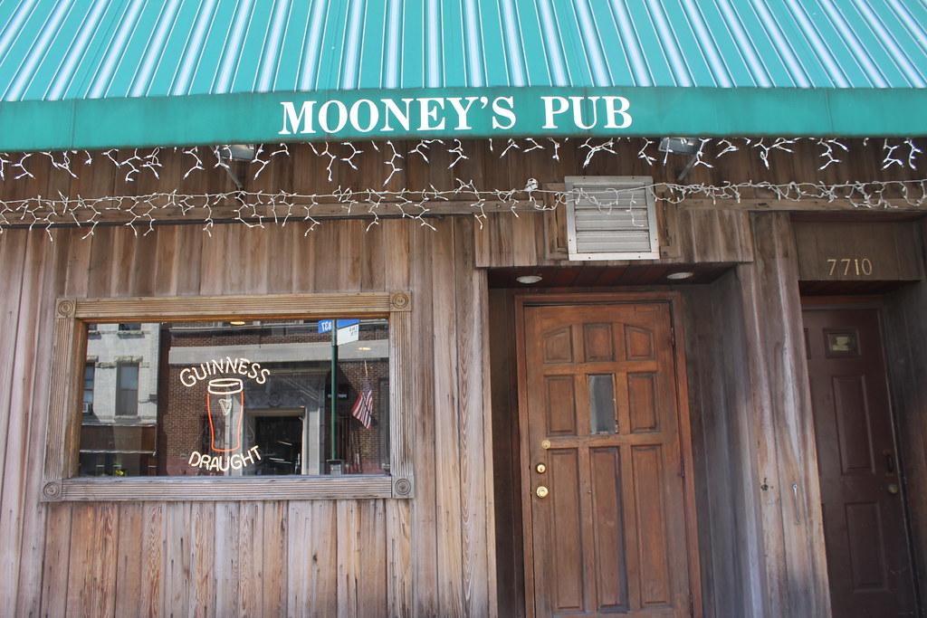 Mooney's Pub