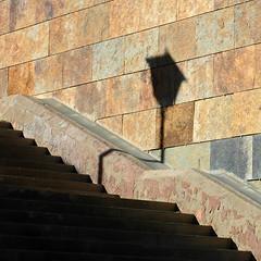 "La sombra quebrada de una farola. Paseo de Ntra. Sra. de la O. Sevilla (""GALBA"") Tags: rio calle sevilla farola angle ciudad sombra escalera paseo angulo freshminds galba supershot obliquemind obliquamente gonzálezalba"
