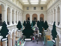 Christmas Decorations from first floor - GPO Shopping Centre (avlxyz) Tags: christmas decoration melbourne shoppingcentre casio exilim littletrees z850 melbournegpo gpomelbourne