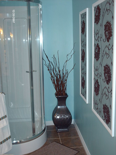 Downstairs bathroom 4