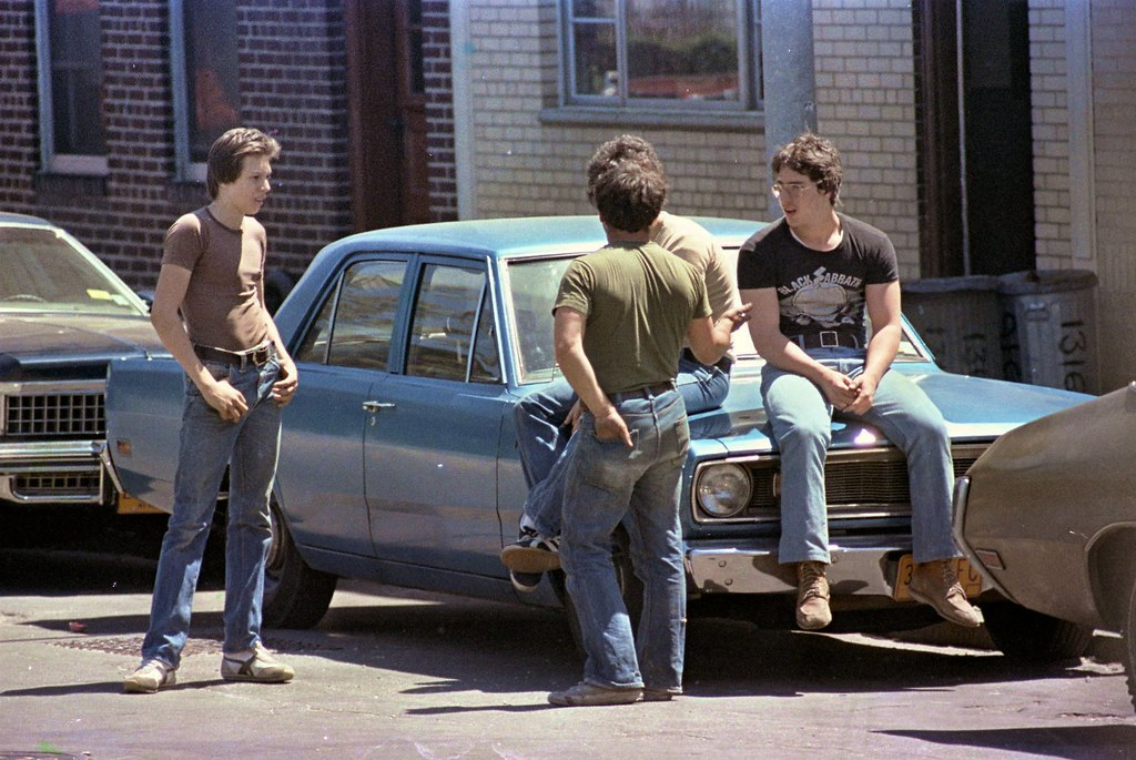 Boro Park Brooklyn - Just Hangin' Out 1978 Style
