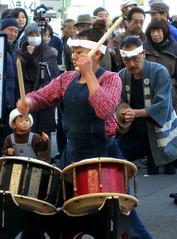 Drumming (tanakawho) Tags: boy woman man japan kid hand dancing drum newyear celebration drummer session spectator tanakawho happycoat