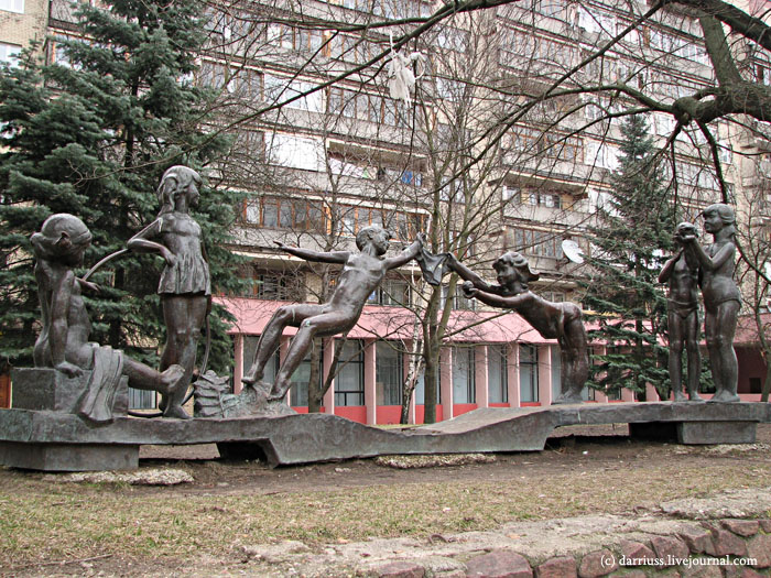 minsk_monument_children_1