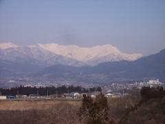 赤城高原S.A.(たぶん)からの眺め。朝晴れていたらあの山の向うにいこうと決めていた