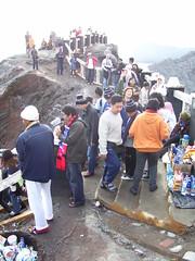 "Gunung Bromo (Tianyake) Tags: gunung bromo gunungbatok jawatimur eastjava indonesia cluter volcanoes 印度尼西亚 印尼 东爪哇 火山地带 火山 hijab ""hiking trekking"" walking bigwalk strolling running 爬山 徒步 远足 登山"