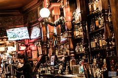 Edinburgh (Christophe Losberger (sitatof)) Tags: christophelosberger edinburgh europe scotland travel travels uk voyages activites activities alcohol alcool boisson commerce drinks photo scotch sitatof whisky cityofedinburgh gb
