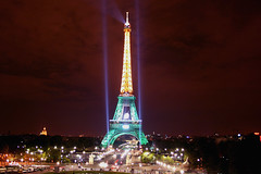Torre Eiffel (marathoniano) Tags: city paris france tower cup architecture night noche arquitectura torre village rugby eiffel trocadero francia mundo copa globalvillage peopleschoice wordl marathoniano aplusphoto