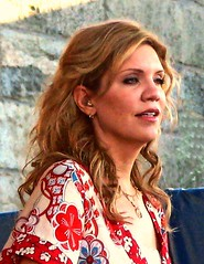Alison Krauss - Newport 2007 (Pilgrim on this road - Bill Revill) Tags: bluegrass newport singer folkmusic krauss alisonkrauss allisonkrauss newportfolkfestival