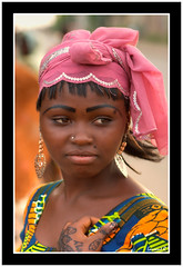 Make-Up (Laurent.Rappa) Tags: voyage africa travel portrait people woman face retrato couleurs femme makeup national cover laurentr ritratti ritratto geographic ctedivoire peuple africain afrique ivorycoast fineartphotos megashot eliteimages winnerbc laurentrappa