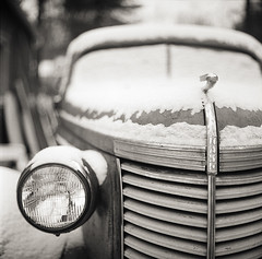 Nash (Buck Lewis) Tags: blackandwhite bw snow classic 120 film car rolleiflex automobile rusty nash thephotoholic twinlensereflex