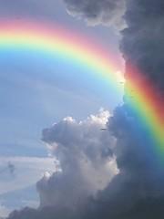 Arcoiris en las Nubes,  Rainbow in the  Clouds.  For you....... (Trebole) Tags: luz arcoiris rainbow colores sueos cielo fantasia nubes irlanda hadas magia duendes treboles
