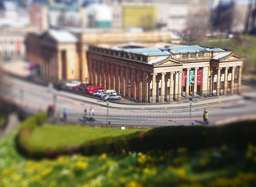 Mini National Gallery of Scotland (model?) by HeavyWeightGeek.