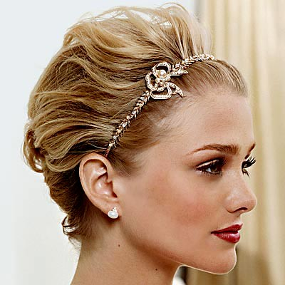 A headband of gold filigree Keywords wedding hair short updo
