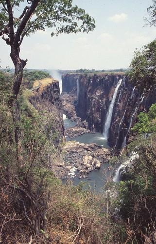 Nómadas - Zambia: el corazón de Livingstone - 02/06/13