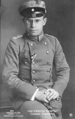 WWI German Ace Lt. Kissenberth pz portrait (pince_nez2008) Tags: nose glasses postcard wwi handsome soldiers eyeglasses aviator pilot myopic eyewear flyingace pincenez noseclip noseeyeglasses