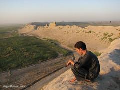 Sunset in Balkh (Bogdan Yakovenko) Tags: boy sunset portrait afghanistan wall birth historical zarathustra balkh zoroaster mazaresherif
