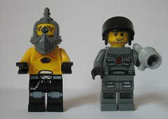8399 vs 8400 - figs (rafalholub) Tags: lego space iii police 8400 8399 lugpol