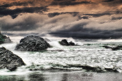 """ Aguas Bravas "" (Alfredo11) Tags: sea sky seascape beach water clouds mar sand agua costarica rocks waves playa paisaje arena textures cielo nubes alfredo olas texturas rocas tratamiento nikon1755mm28 nikond300 tretament"