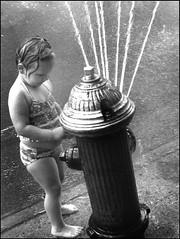 cool down (Matthew Vinci) Tags: street city newyorkcity people blackandwhite bw newyork hot kids streetphotography vinci matthewvinci