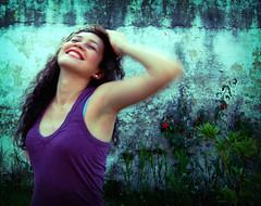 joy (mexcatracho) Tags: life portrait sexy girl beautiful smile movement purple retrato joy honduras movimiento vida sonrisa felicidad gozo happyness morado