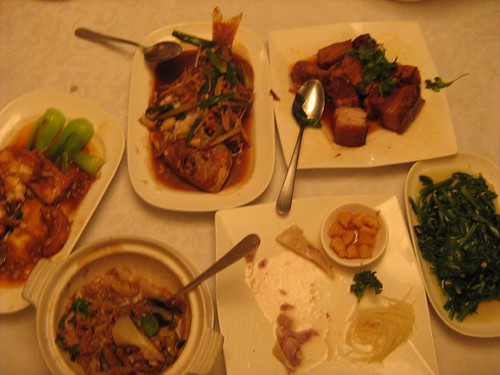 The dishes in Shin Yeh restaurant