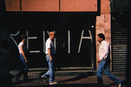 Se Renta (by El Pelos Briseño)