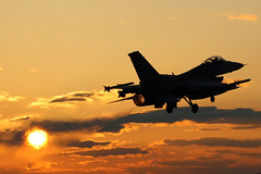 F-16 Vaporizing The Sun (Kris Klop) Tags: sunset usa sun plane airplane fly us flying airport aircraft aviation military flight off des f16 take usaf takeoff vapour vapor dsm moines desmoines afterburner kdsm naturessilhouettes