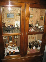 Antique Doll's house (blind_donkey) Tags: museum finland miniatures helsinki doll dolls 19thcentury dollshouse 19century a640