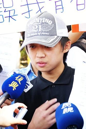 中華技院產學班學生控訴校方宣傳不實,產學班學生成低廉台勞