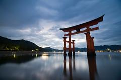 Torii of Itsukushima (jauderho) Tags: original japan canon unescoworldheritagesite hiroshima miyajima itsukushimashrine  5d torii  unescoworldheritage 2007   1635mm jauderho japan2007