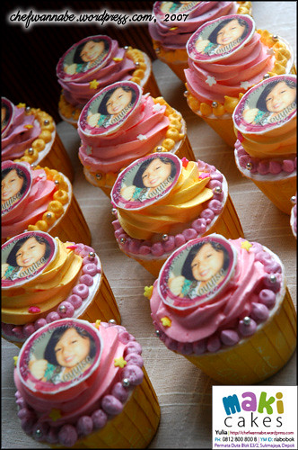 Birthday Cupcake Rayyisa with Edible Photo