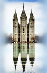 LDS Temple (RottieLover) Tags: reflection building church water architecture buildings temple utah nikon saltlakecity 1755mmf28g mormon d200 reflectingpool templesquare lds latterdaysaints 1755mm ldstemple nikonstunninggallery superbmasterpiece theunforgettablepictures goldstaraward iwashopingtoseeawedding butthetemplewasclosedforcleaning
