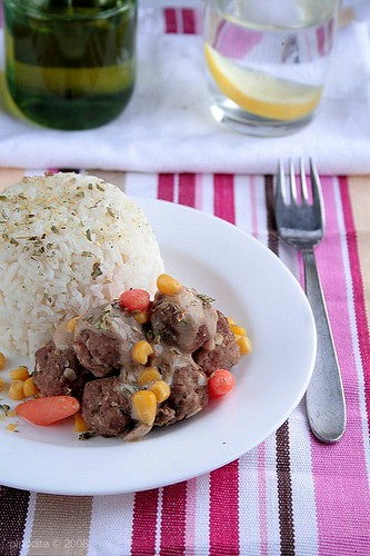 Butter Rice with Meatballs