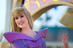 Sleeping Beauty Waves (disneymike) Tags: california portrait tiara smile nikon mainstreet waves princess disneyland character disney parade aurora crown anaheim nikkor mainst waving sleepingbeauty d3 mainstreetusa paradeofdreams 70200mmf28gvr disneylandpark mainstusa princessaurora