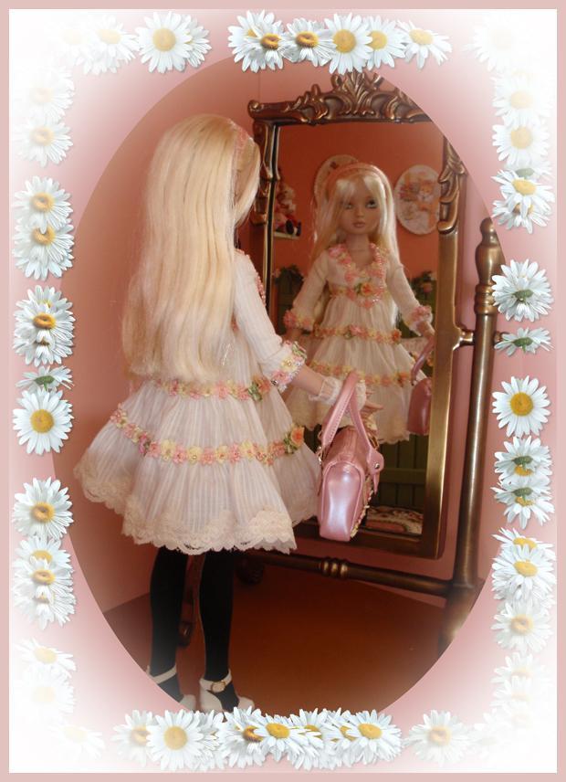 2008 - Ellowyne Wilde - Pale memories 2457462482_33715a4849_o