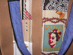 I Heart Frida purse detail
