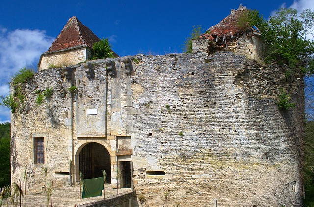 Château de Rochefort sur Armançon (Côté entrée)