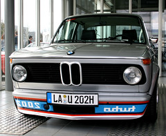 BMW 2002 turbo (zahn-i) Tags: auto 2002 car vintage perfect engine front explore turbo 02 coche bmw motor 135 kidney perfekt coupe m10 beemer headlamps tii silber frontend bimmer youngtimer condition   siver niere scheinwerfer   nieren zustand e114 spiegelschrift