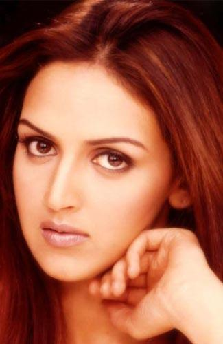 Sexy Actress Bollywood zone : Esha Deol