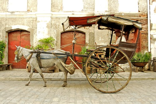 Calle Crisologo, Mestizo district, driver Vigan horse calesa Pinoy Filipino Pilipino Buhay  people pictures photos life Philippinen  菲律宾  菲律賓  필리핀(공화국) Philippines