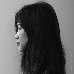 Pei Shan (onomatoh) Tags: portrait woman face head retrato mulher cara cabea monochromia
